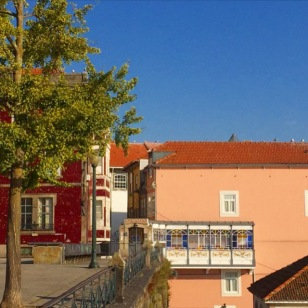 Inspiration - Colors - Patterns - House - Red - Porto - Blue - Sky - Tree - Nude